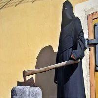 Satinah Harus Diselamatkan dari Hukum Pancung di Saudi!