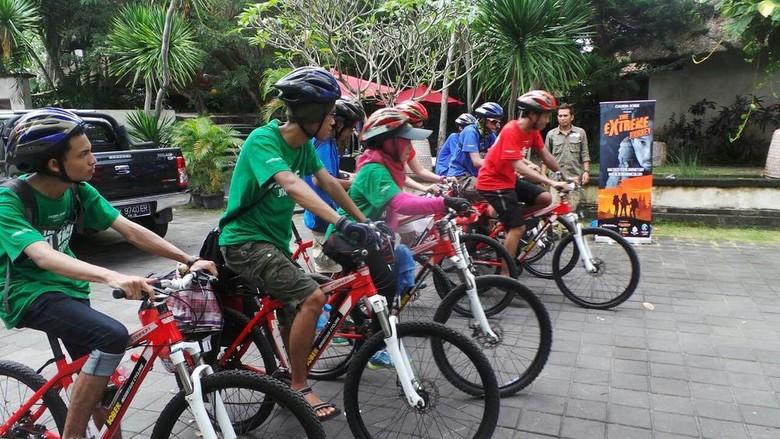 Mereka berkeliling Bali dengan bekal Rp 150 ribu saja (Idham/detikTravel)