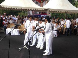 Di Tengah Ribuan Pendukung Prabowo, Rhoma Dendangkan Adu Domba