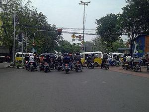 Koruptor di Jalan Raya