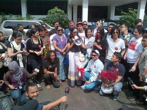 Datangi KPU, Artis dan Musisi Tuntut Pilpres 2014 Jujur dan Bersih