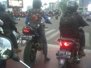 Salut untuk Biker yang Tertib Aturan