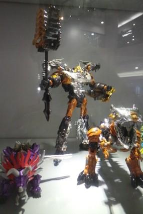 Ini Koleksi Robot Terbaru dari Film Transformers: Age of Extintion