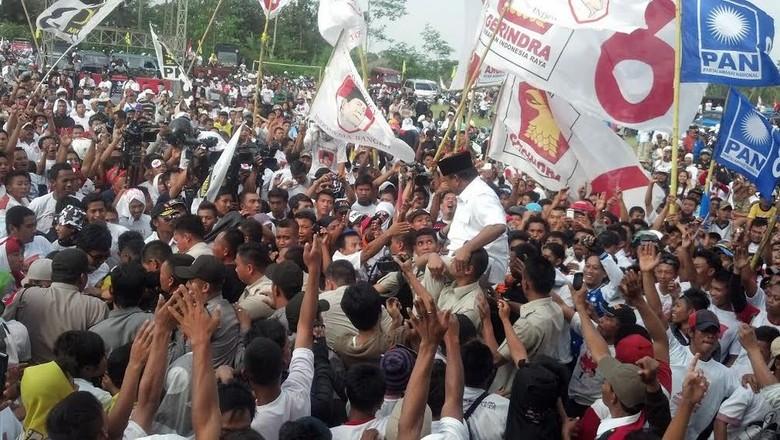 Tim Prabowo-Hatta Akan Gunakan Kekuatan Parlemen