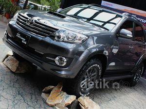 Toyota Luncurkan Fortuner G 4X4 VNT