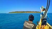 Pulau Gili Labak mulai terlihat
