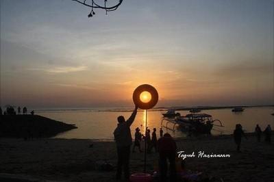 Akhir Pekan, Berburu Sunrise di Pantai Sanur