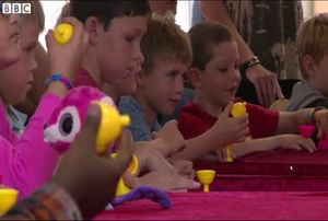 Magic Camp, Terapi Unik untuk Anak-anak dengan Kelainan Otot