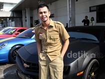 Raffi Ahmad dan Mobil Chevrolet Kesayangannya