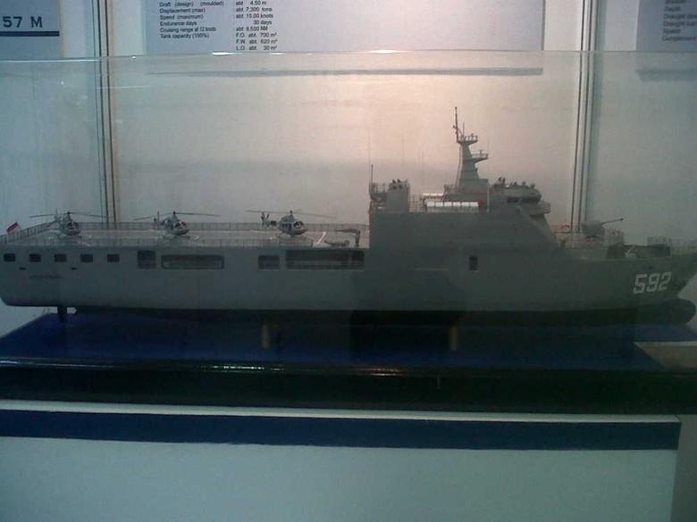 BUMN Ini Serahkan Kapal Perang Canggih Made in RI ke TNI AL