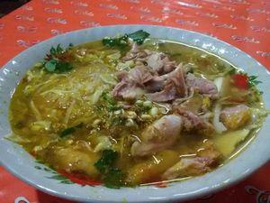 Sluurp, Gurih Hangat Soto Ayam Surabaya Racikan Cak No