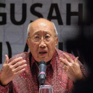 Sofjan Wanandi: Jokowi Naikkan Harga BBM Lebih Cepat Lebih Baik