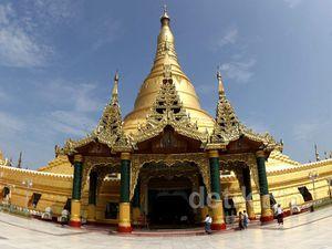 Melihat Keindahan Pagoda Uppatasanti