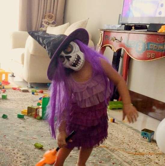 Hiii... Putri Indah Kalalo Seram Jadi Penyihir