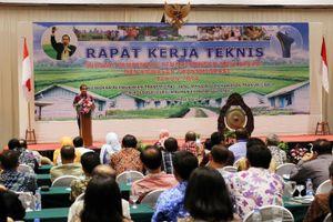 Berdialog dengan Warga di Pemukiman Transmigrasi, Menteri Desa Bertekad Percepat Pembangunan