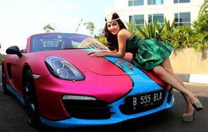Artis Seksi Bella Shofie: Mobil Porsche Saya Tak Ada Urusan dengan Pak Udar