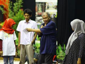 Main Teater Jauhkan Remaja dari Tawuran