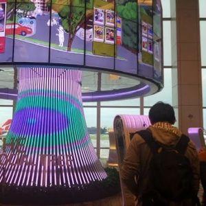 Sejuta Fasilitas Wah nan Gratis Bagi Penumpang di Bandara Changi