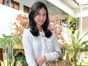 Nadia Saphira, Cantik-cantik Pengacara
