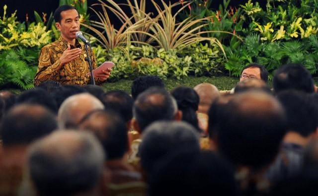 Kuliah Umum Jokowi di UGM: Ekonomi Tiongkok Maju Karena Partai Bersatu, Ini Berat