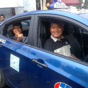 HUT Banyuwangi ke-243, Bosowa Hadiahi 25 Unit Taksi