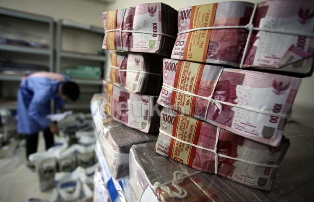 Rupiah Sempat Anjlok, Mendag: Banyak yang Libur Butuh Mata Uang Asing