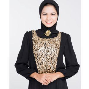 Abaya, Busana Wanita Arab yang Semakin Mendunia dan Dipakai Selebriti