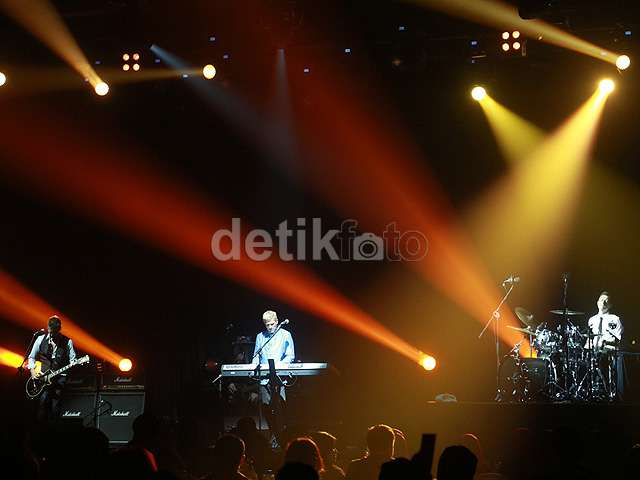 Intim dengan MLTR di Malam Pergantian Tahun di Bandung