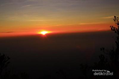 Mengejar Sunrise di Utara Yogyakarta