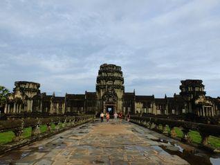 Begini Cara Seharian Jelajah Angkor Wat di Kamboja