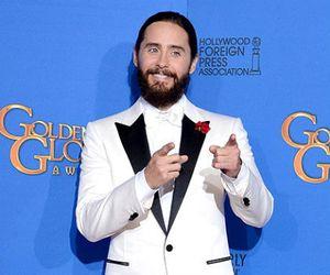 Jared Leto Datang ke Golden Globes dengan Rambut Dikepang ala Elsa Frozen