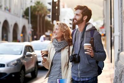 Wisata dengan Jalan Kaki, Ini 6 Tipsnya Agar Nyaman
