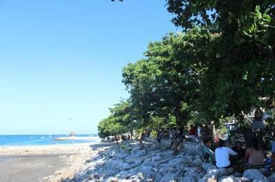 Pantai Sanur Tak Hanya Pemandangan, Ada Ritual Keagamaan Juga!