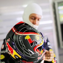 Pebalap F1 Bakal Dilarang Gonta-ganti Desain Helm