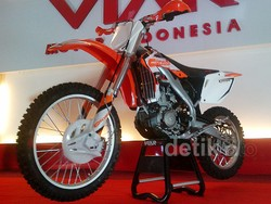 Viar Luncurkan Motor Trail 250 cc