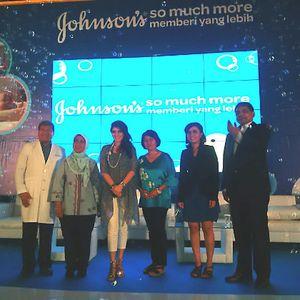 Johnsons Ajak Orangtua di Indonesia Aktif Menstimulasi Indera Bayi