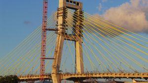Mangkrak 12 Tahun, Jembatan Soekarno Akhirnya Tersambung