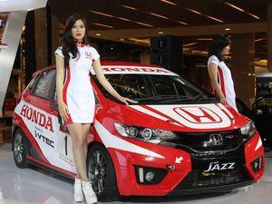 Mobil Balap Honda Jazz Hanya Upgrade Sedikit