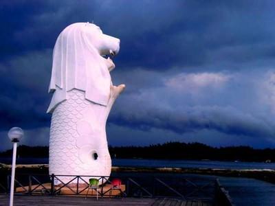 Sudah Tahu? Patung Merlion Singapura Ada di Kalimantan