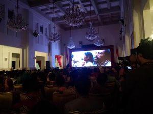 Hari Film Nasional, Presiden Jokowi Nobar Cahaya dari Timur di Istana