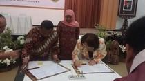 Tingkatkan Pemberdayaan Sosial, Kemensos Teken MoU dengan IWAPI