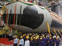 India Luncurkan Kapal Selam Pertama