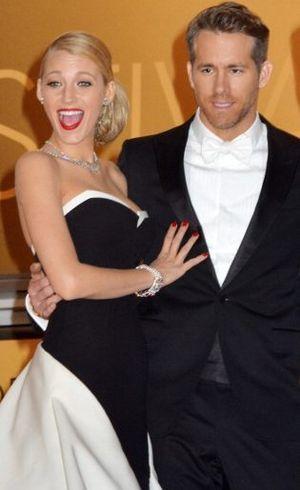 Blake Lively Pamer Foto Topless Ryan Reynolds