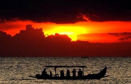 Sunset di Pantai Kuta, Bali (gettyimages)