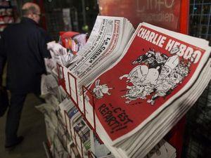 Kontroversi Penghargaan Charlie Hebdo, 25 Penulis Ikut Protes