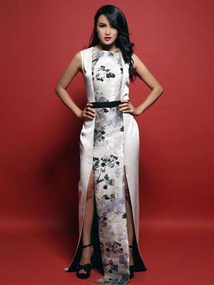 Black & White, Ririn Ekawati
