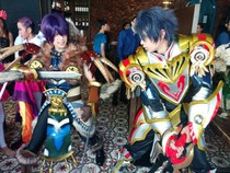 Aksi Cosplayer Royal Master