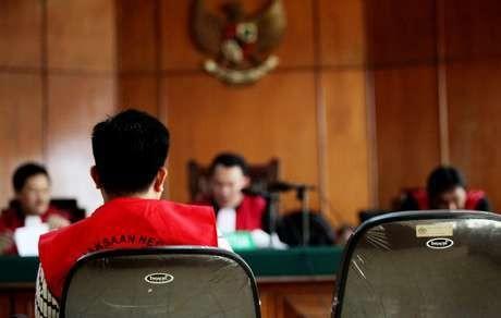 Puluhan Orang Sudah Jadi Korban Pasal 27 UU ITE