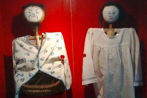 Museum di Surabaya Ini Simpan Alat Santet & Boneka Jelangkung!