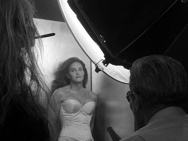 Foto-foto Bruce Jenner Tampil Perdana Sebagai Wanita